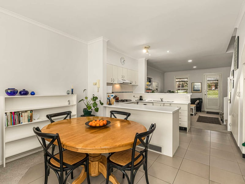 158 Wiltshire Drive, Kew, Vic 3101