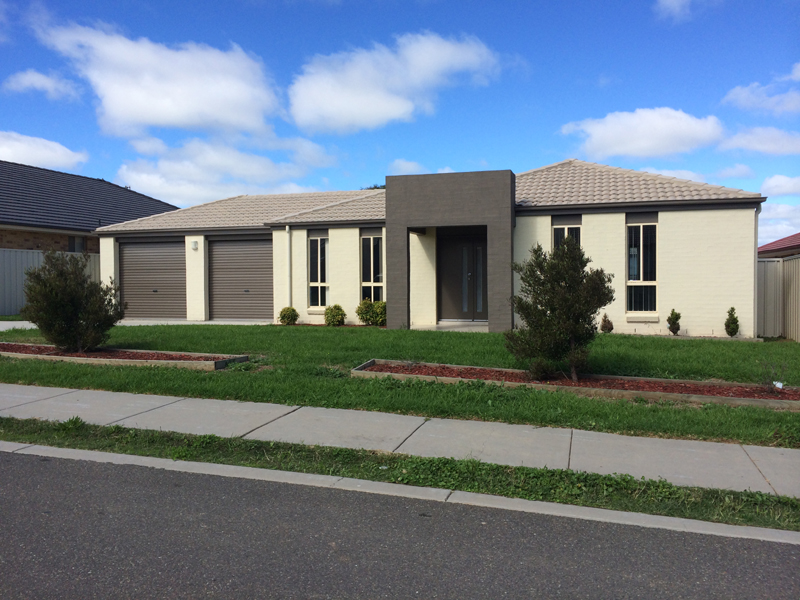 9 Wright Place, Goulburn, NSW 2580