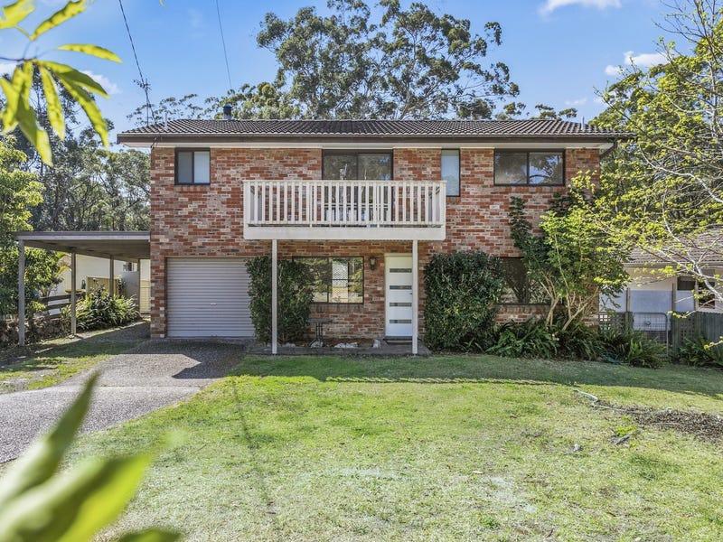 9 Ocean Street, Mollymook, NSW 2539