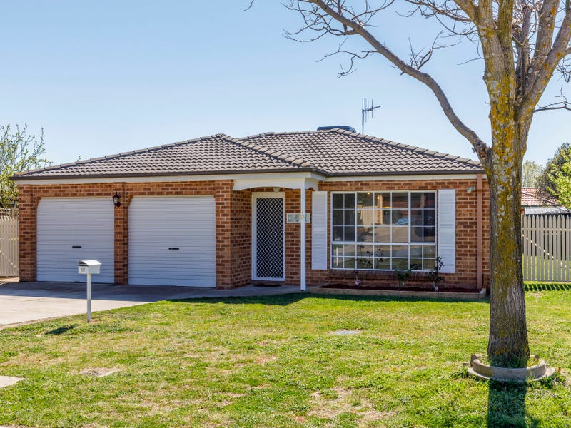 10 Lapsley Street, Dunlop, ACT 2615