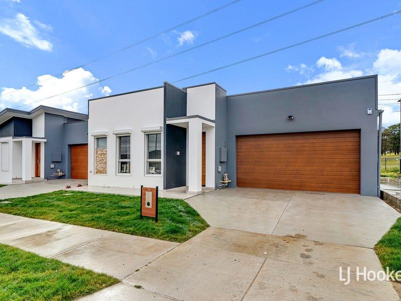 70 Lionel Rose Street, Holt, ACT 2615