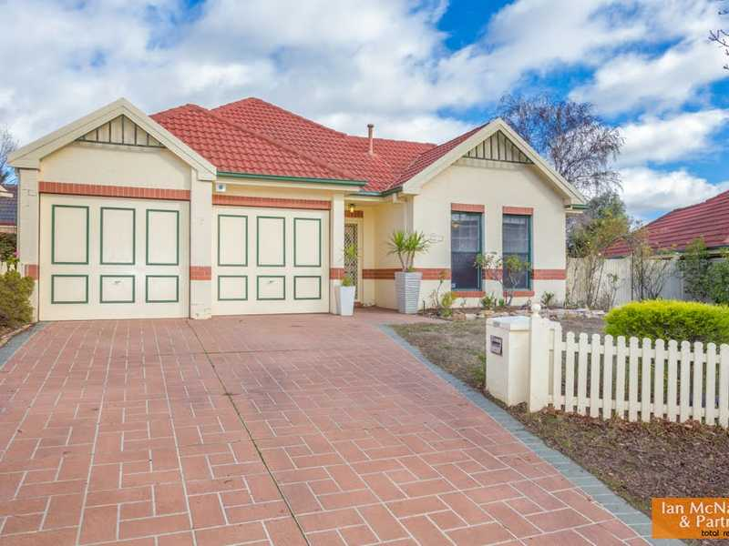 9 MELROSE PLACE, Jerrabomberra, NSW 2619