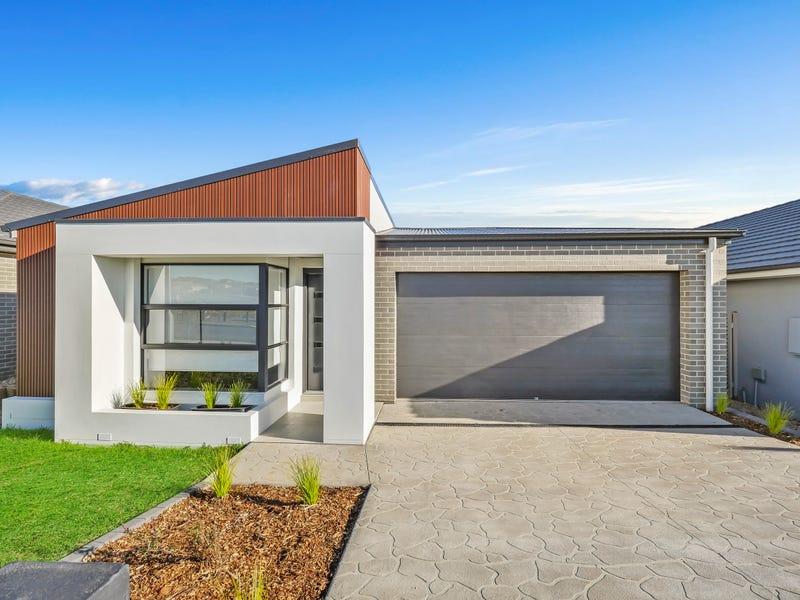 51 Barrett St, Gregory Hills, NSW 2557