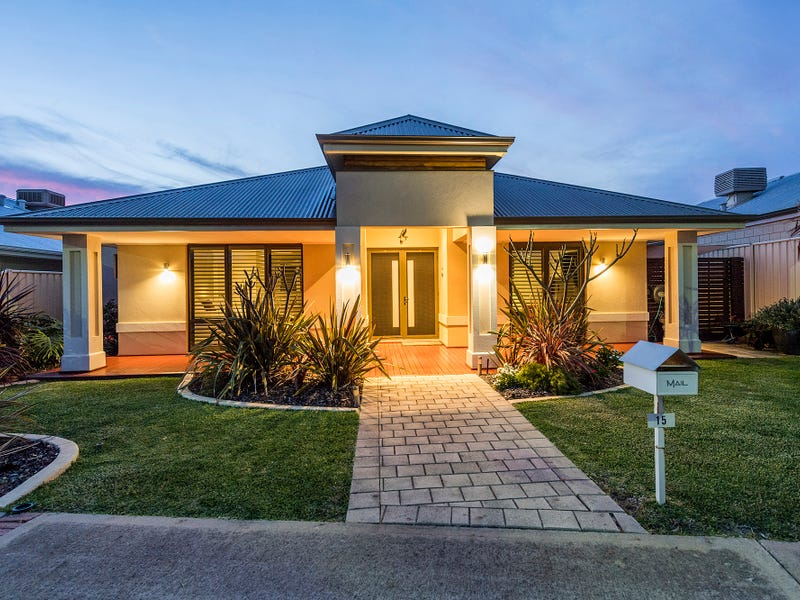 15 Karri Karri Pass, Lakelands, WA 6180