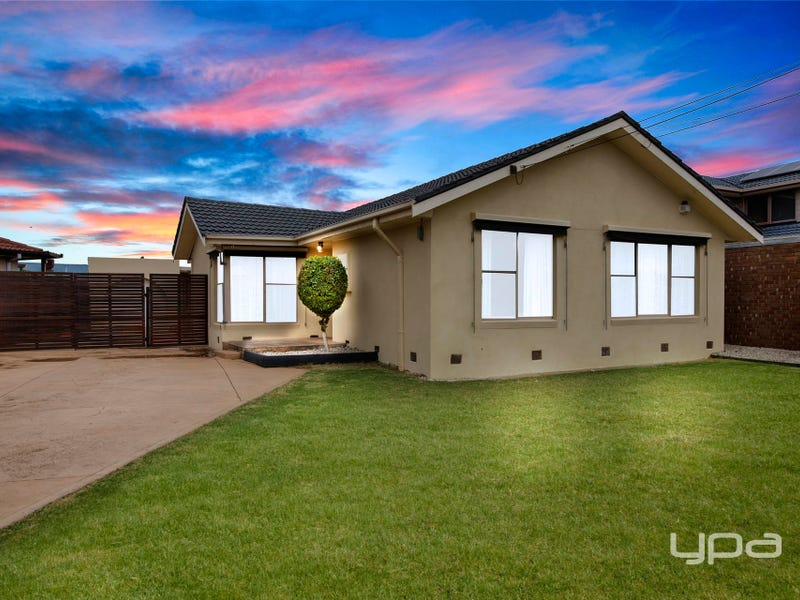78 Birchwood Boulevard, Deer Park, Vic 3023