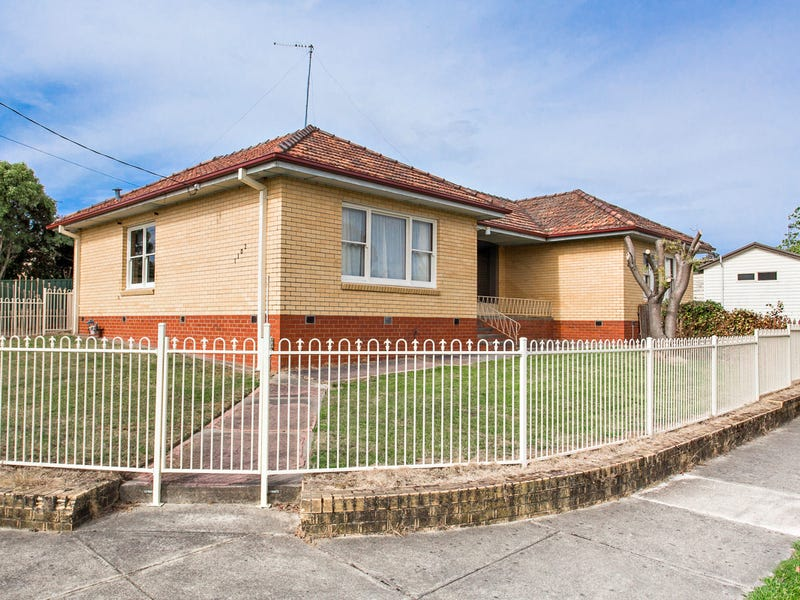 1102 Ligar Street, Ballarat North, Vic 3350