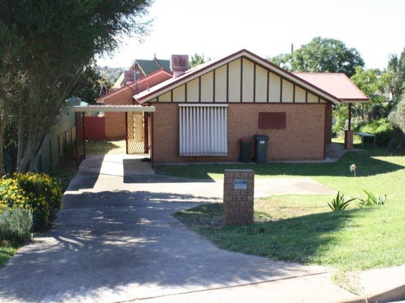 22 French Street, Junee
