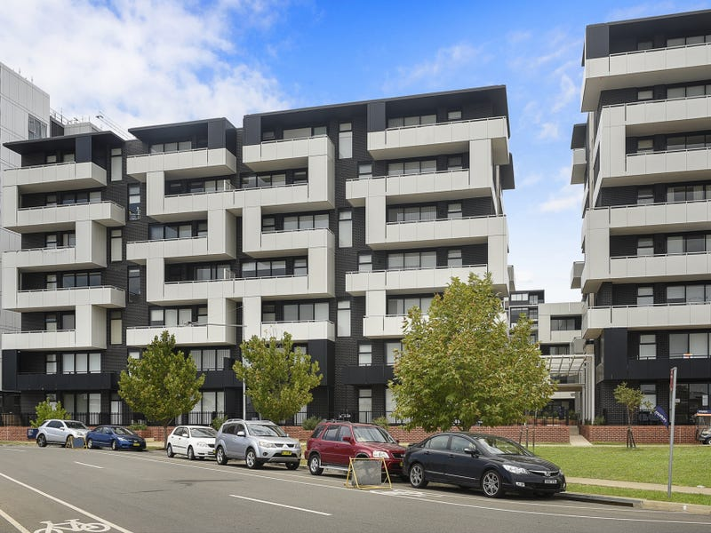 607/101C Lord Sheffield Circuit, Penrith, NSW 2750