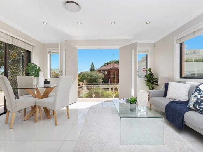 1/645 Old South Head Road, Rose Bay