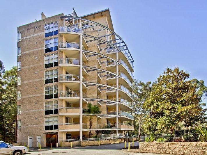 422/80 John Whiteway Drive, Gosford, NSW 2250