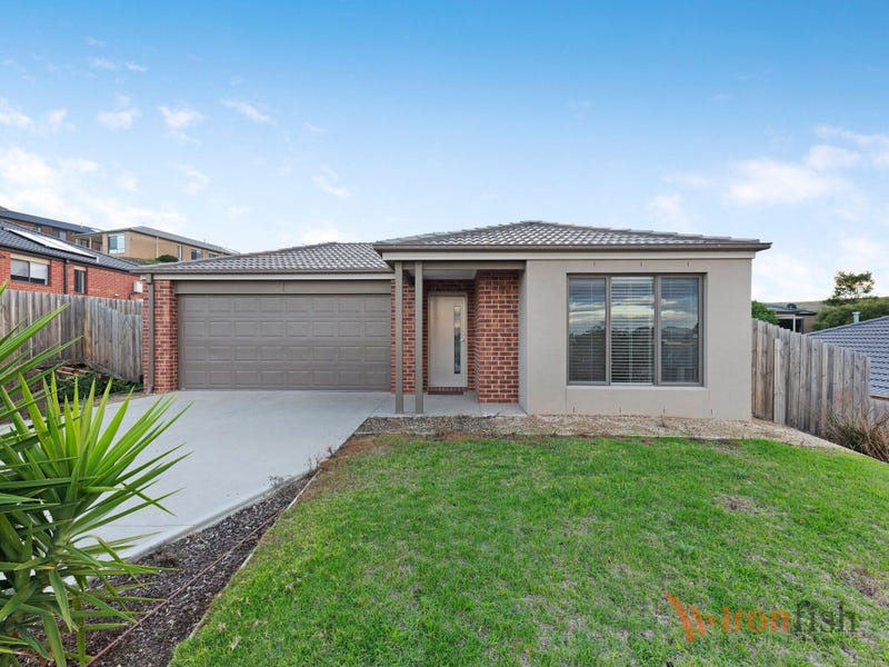 10 Glastonbury Drive, Sunbury, Vic 3429