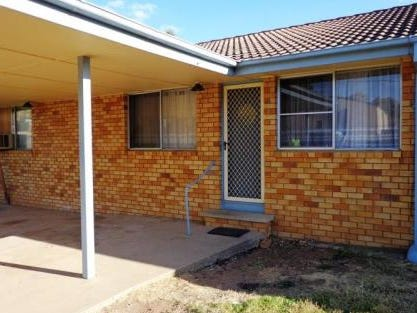 Unit 1 577-579 Armidale Rd, Tamworth, NSW 2340