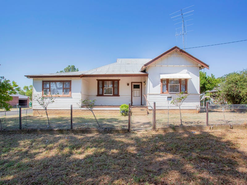 14 Grenfell Road, Cowra