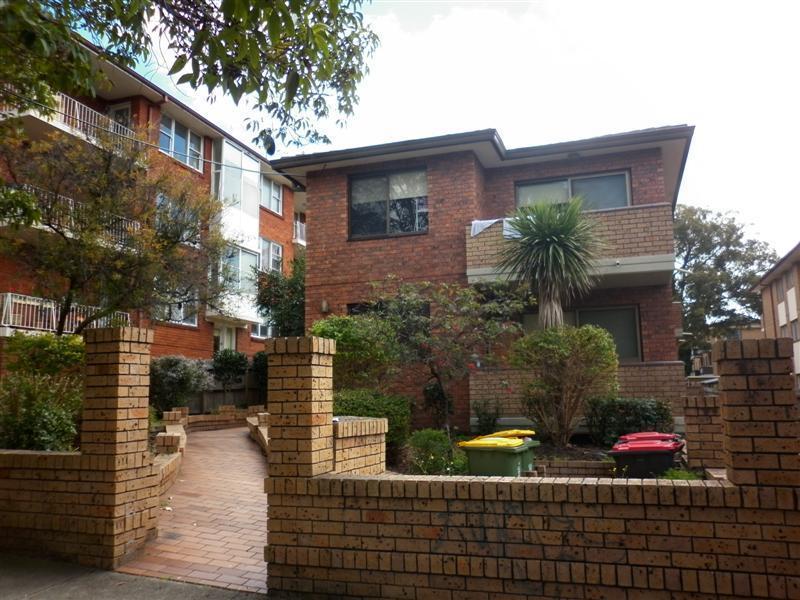 2/22 Orpington Street, Ashfield, NSW 2131