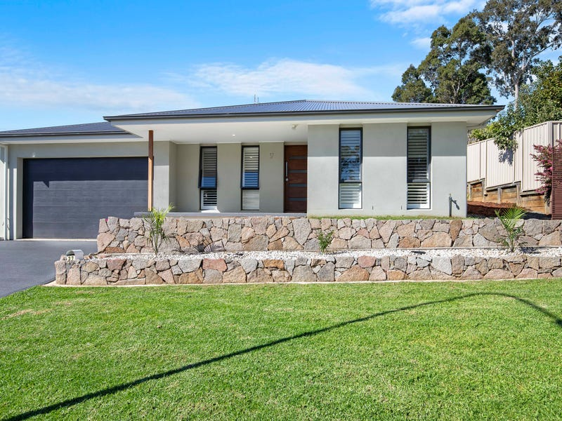 37 Canning Crescent, Sunshine Bay, NSW 2536