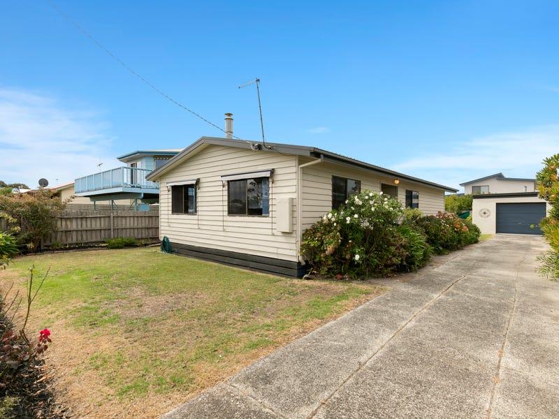 13 Woolamai Beach Road, Cape Woolamai, Vic 3925