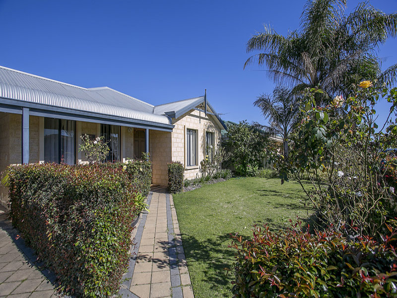 8 Beenan Elbow, South Guildford