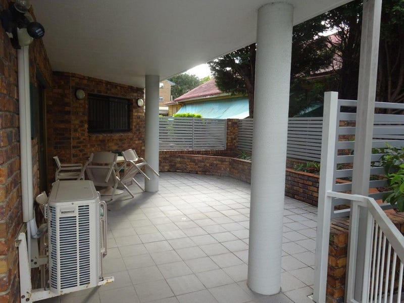2/15 Riverview Terrace, Indooroopilly, Qld 4068
