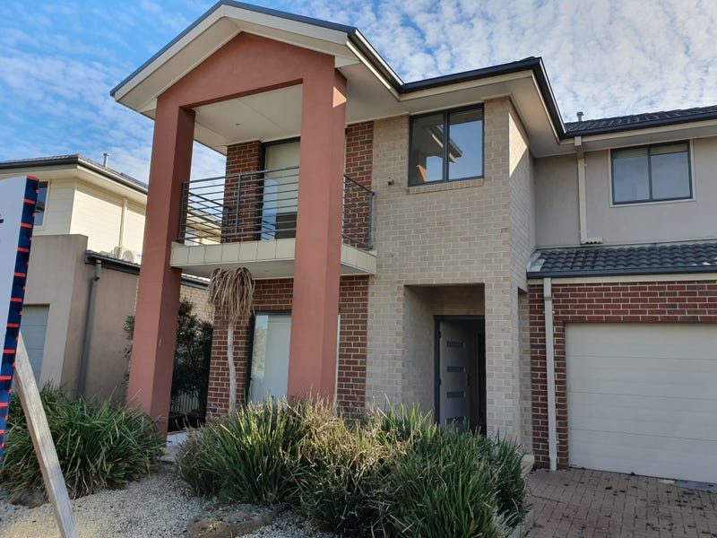 24 Parkwood Terrace, Point Cook