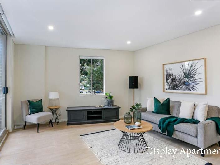 1 Bedroom / 8 Junia Ave, Toongabbie, NSW 2146