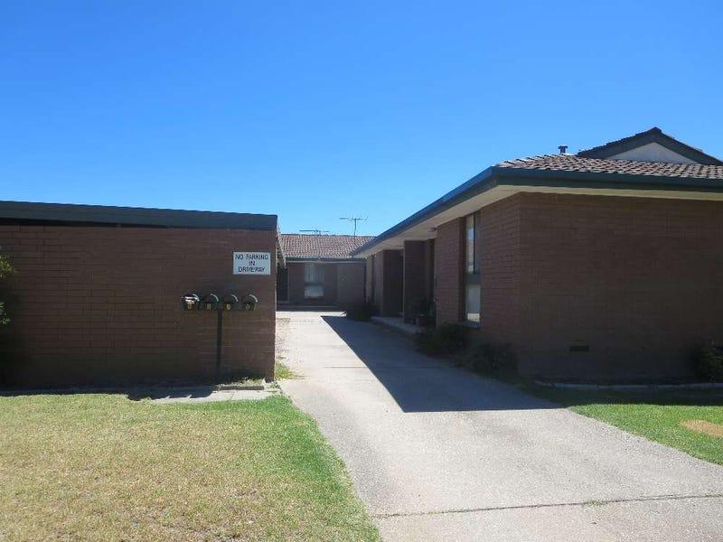 2/311 Moore Street, Lavington, NSW 2641