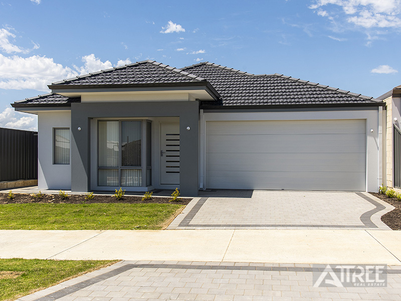 8 Greywacke Entrance, Piara Waters, WA 6112