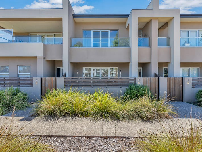 4 Carbone Terrace, St Clair, SA 5011