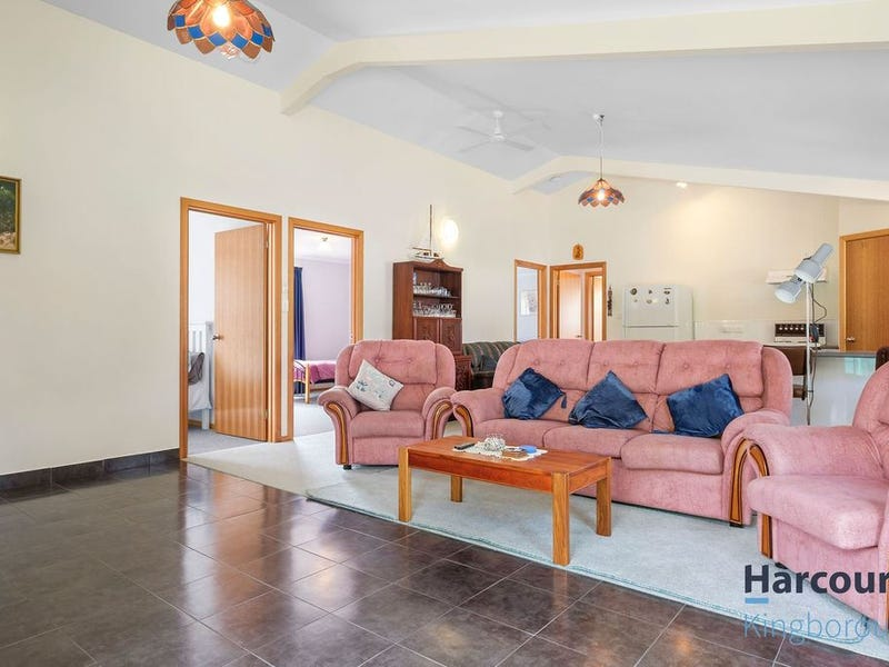 19 Hayes Road, Adventure Bay, Tas 7150