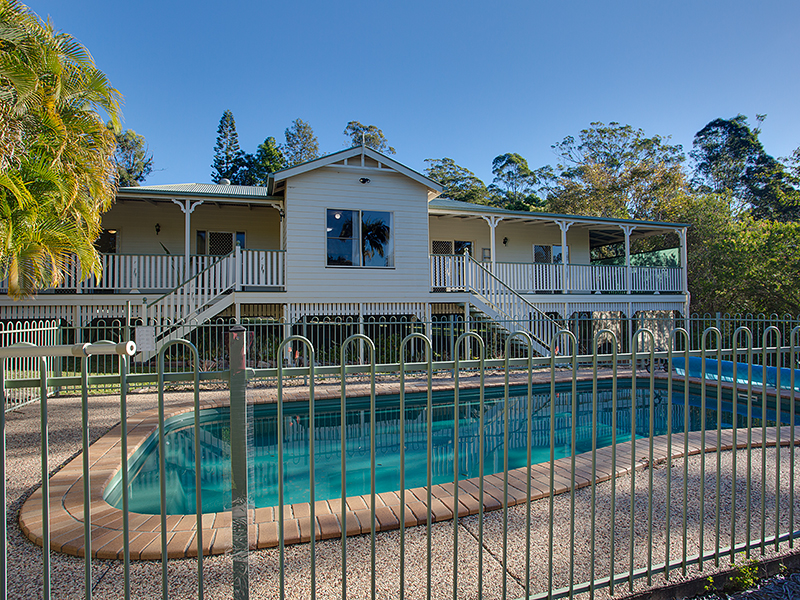 3 Haven Street, Southside, Qld 4570
