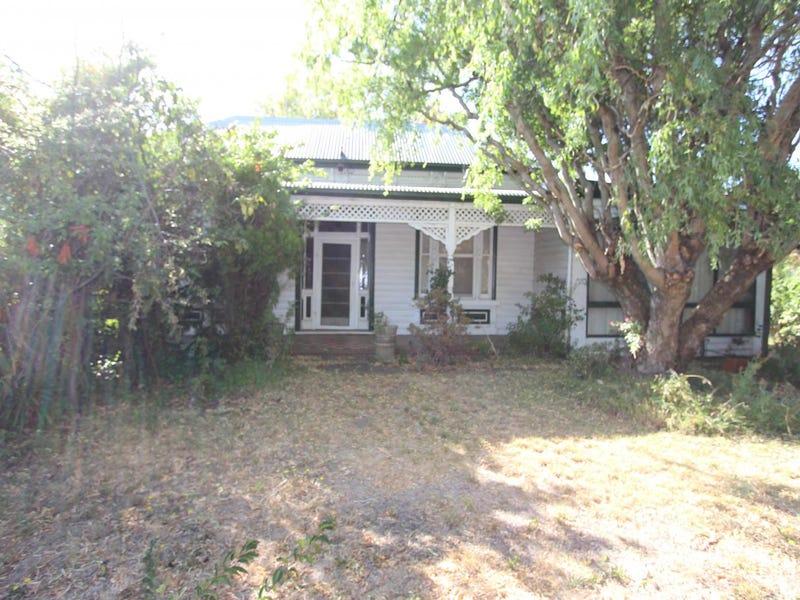208 Forest Street, Wendouree, Vic 3355
