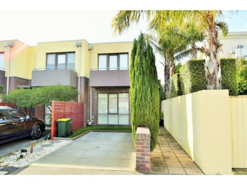 2 Thomas Street, Port Melbourne, Vic 3207