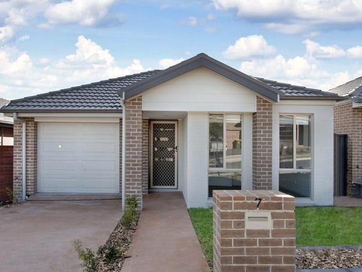 7 Cropton Street, Jordan Springs, NSW 2747
