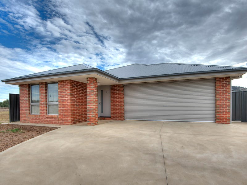 9 Knowles Court, Thurgoona, NSW 2640