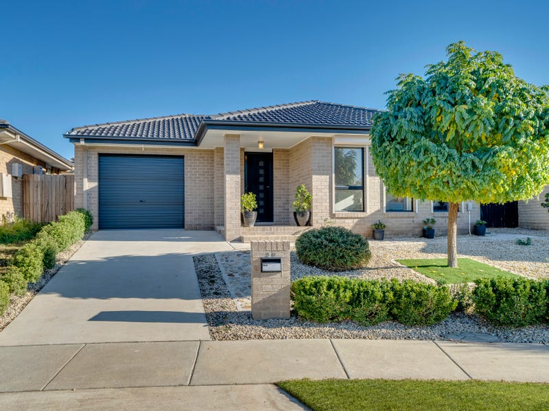 39 Walter Crocker Crescent, Casey, ACT 2913
