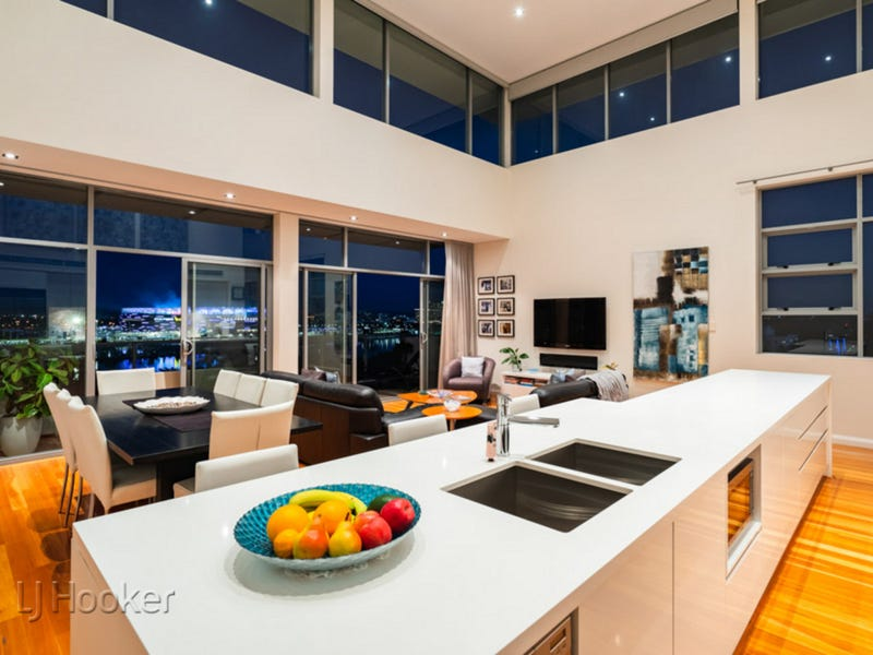 Penthouse 2/47 Tully Road, East Perth, WA 6004