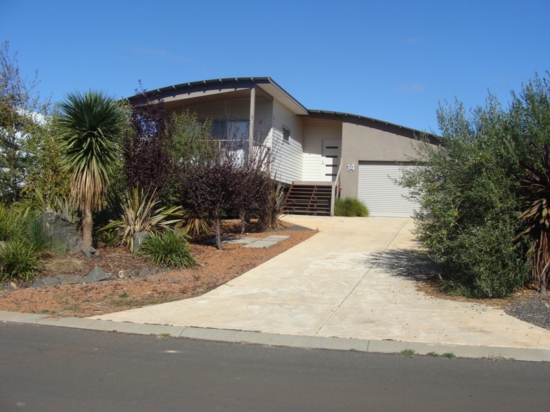 14 Brookfield Ave, Margaret River, WA 6285