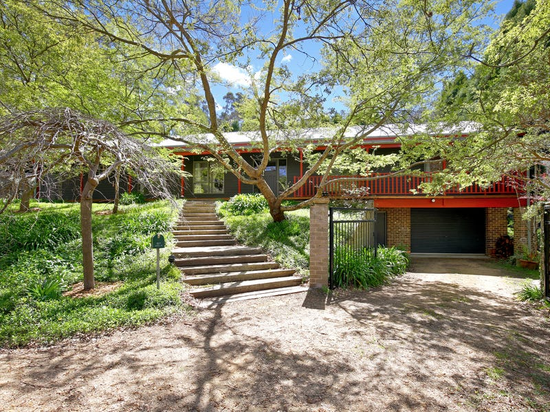 15A Parkes Street, Wentworth Falls, NSW 2782