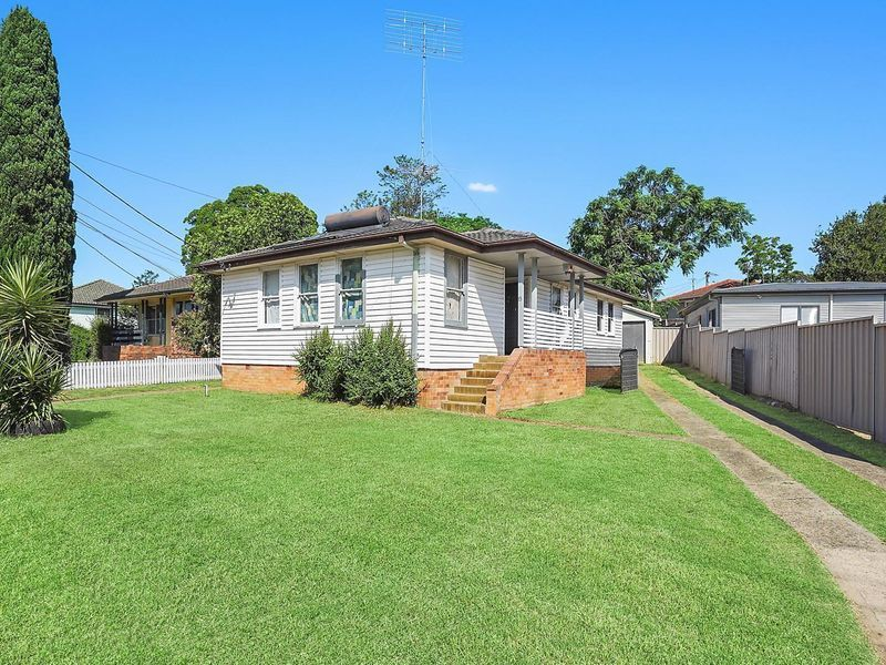 15 Mawson Road, Tregear, NSW 2770