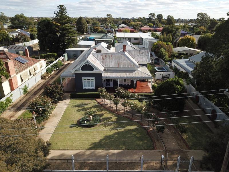 348 Henry St, Deniliquin, NSW 2710