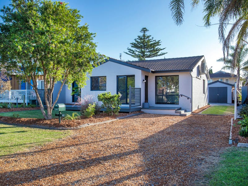 15 Marlin Ave, Batemans Bay, NSW 2536