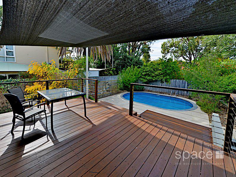 4 Dandaloo Road, City Beach, WA 6015
