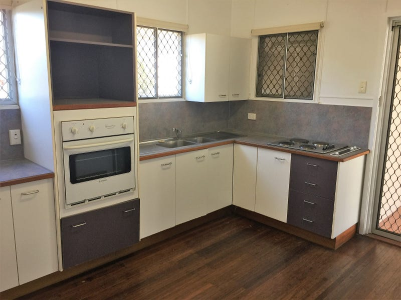 Surprising 28 Brampton Avenue Cranbrook Qld 4814 House For Rent Home Interior And Landscaping Eliaenasavecom