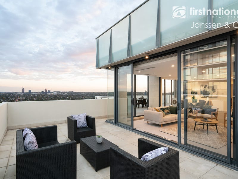 502/8 Clay Drive, Doncaster, Vic 3108