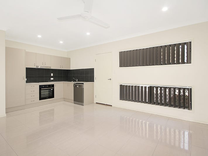 2/37 Mount Barney Crescent, Park Ridge, Qld 4125