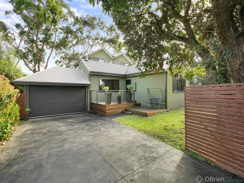 44 Red Rocks Road, Cowes, Vic 3922
