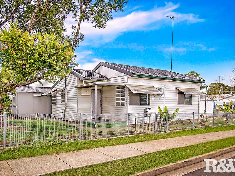 19 Merinda Street, St Marys, NSW 2760