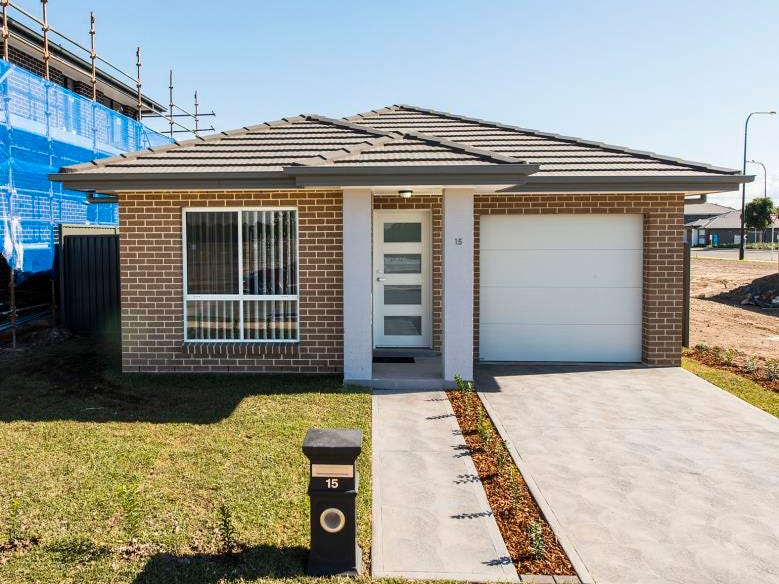 15 Academy Street, Jordan Springs, NSW 2747