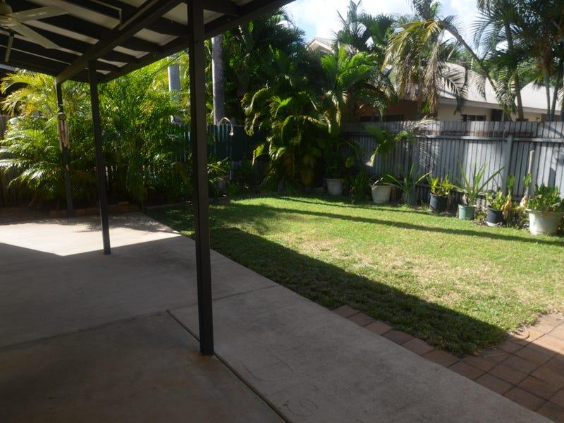 7/11 Cartwright Court, Coconut Grove