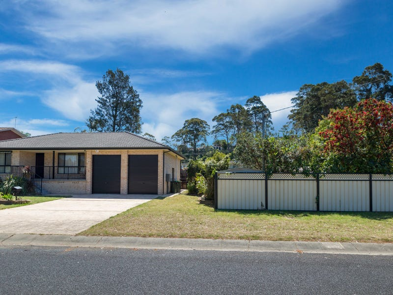 1 Wallaringa Street, Surfside, NSW 2536