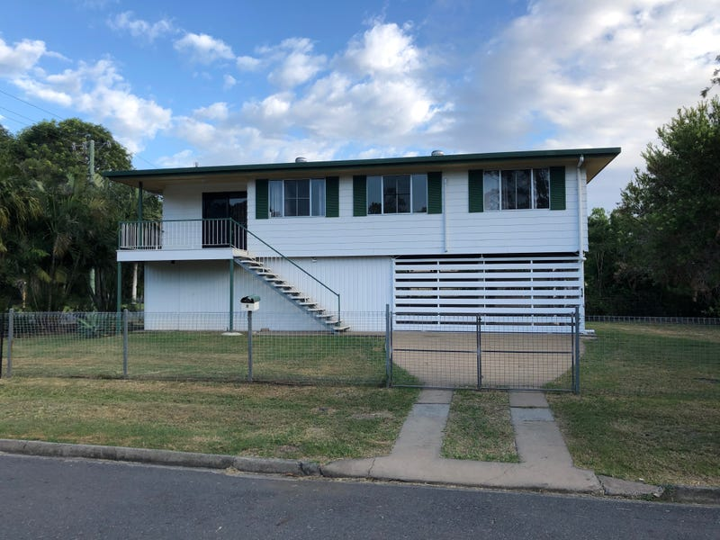 8  MacAlister Street, Park Avenue, Qld 4701